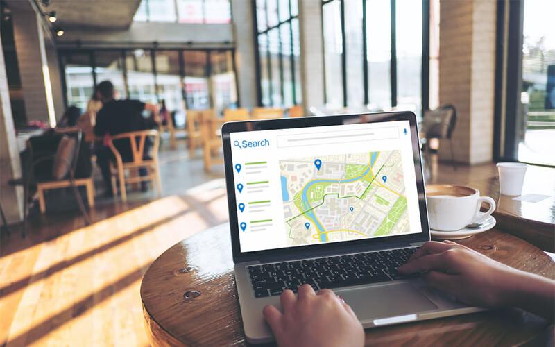 Lokale zoekopdracht op een laptop